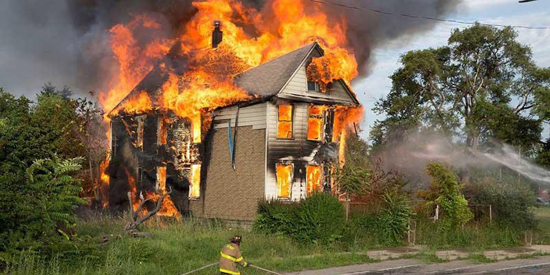 جلوگیری از آتش سوزی در خانه