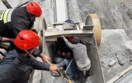 نجات کارگر معدن سنگ از دستگاه سنگ شکن