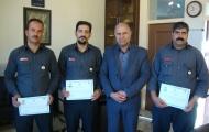 اعطا گواهی آموزش نجات در ارتفاع و چاه به پرسنل آتش نشانی