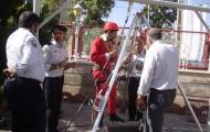 مانور اطفاحریق و امداد و نجات در ارتفاع وچاه،در سازمان آتش نشانی نجف آباد برگزار شد