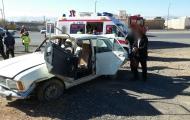 واژگونی خودروی پیکان و مصدومیت یک خانواده 4 نفره در روز جمعه بهمن97