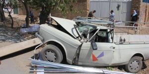 هم اکنون حادثه برخورد وانت بار با تیر برق واقع در کمر بندی جنوب نجف آباد