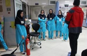 دوره آموزش تئوری و عملی ایمنی و آتش نشانی ، ویژه کارکنان بیمارستان منتظری